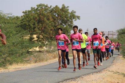 Más de 250 corredores participarán en una ultramaratón contra la pobreza en India a beneficio de indígenas