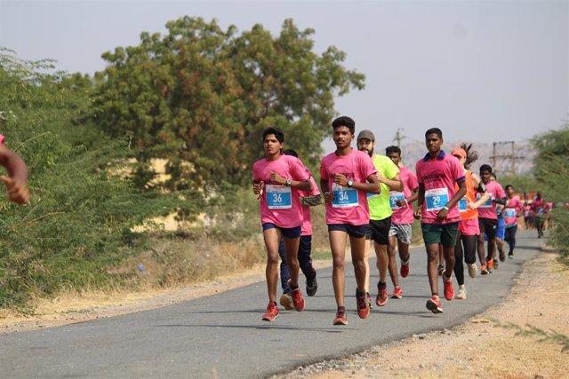 Más de 250 personas correrán una ultramaratón contra la pobreza en la India