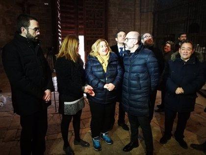 El consejero de Cultura reitera el compromiso con los problemas de estanqueidad de la Colegiata de Berlanga (Soria)