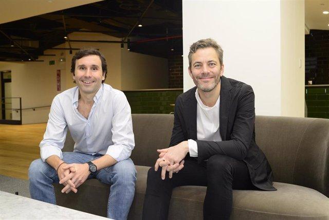 Iñigo Amoribieta, máximo responsable en España de Otovo, y el consejero delegado y fundador de la compañía,  Andreas Thorsheim