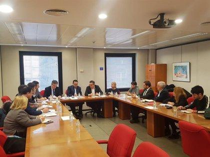 CROEM y PSRM-PSOE mantienen un encuentro para abordar las prioridades de la legislatura