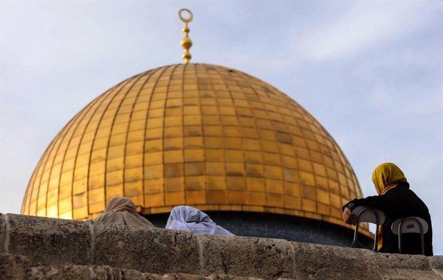 O.Próximo.- La Policía israelí interviene para disperar altercados en la Explana