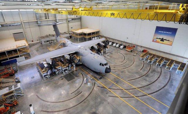 Imagen de archivo de la inauguración de la primera estación de retrofit A400M de la planta de Airbus San Pablo.