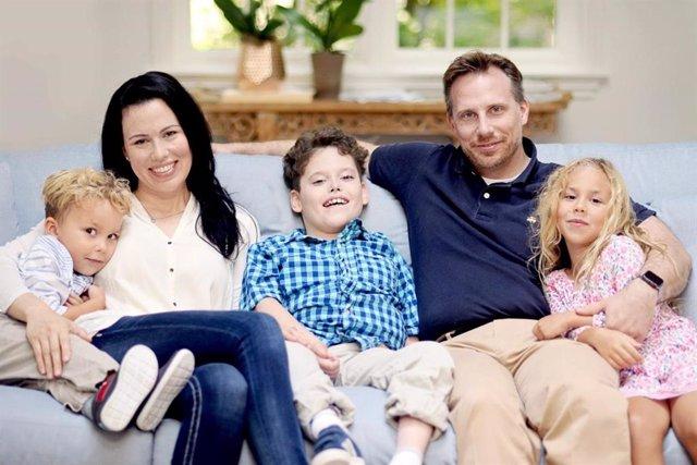 Descubren por qué los niños con una enfermedad rara no pueden llorar