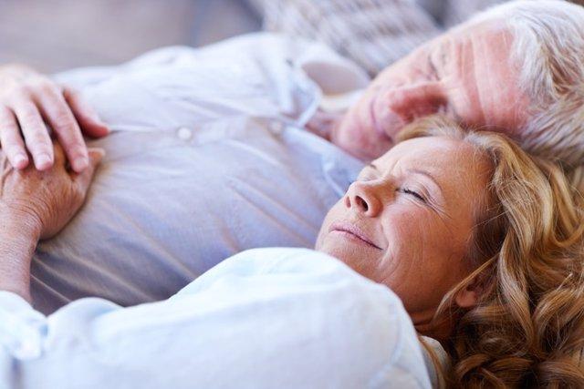Un estudio confirma que ser cada vez menos inhibidos es un proceso normal del en