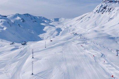 Ibercaja celebra este fin de semana el Día Mundial de la Nieve en las estaciones de Aramón, Astún y Candanchú