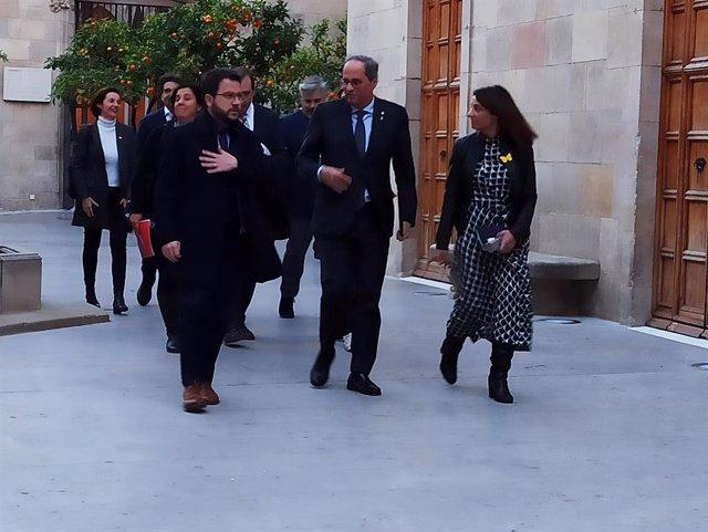 El vicepresident de la Generalitat, Pere Aragons, el president, Quim Torra, i la consellera de Presidncia, Meritxell Budó, abans de la reunió de la taula de partits catalans