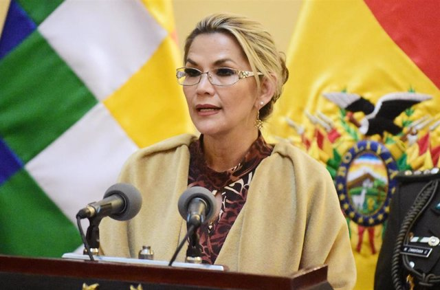 25 November 2019, Bolivia, La Paz: Bolivian interim President Jeanine Anez delivers a statement before accrediting Salvador Romero as the new member of the Bolivian Supreme Electoral Tribunal. Photo: Diego Valero/ABI/dpa