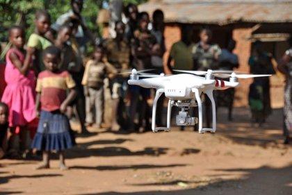 Malaui ofrece a su juventud cursos gratis de drones para ayuda humanitaria y supervisión de cultivos
