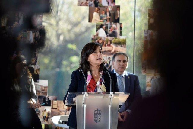 La presidenta del Gobierno, Concha Andreu, hace balance de sus cien días de Gobierno