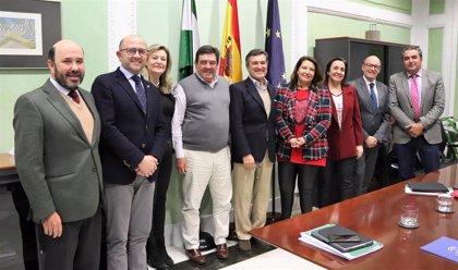 Carmen Crespo apuesta por la colaboración con el Colegio de Ingenieros Agrónomos a través de un nuevo acuerdo