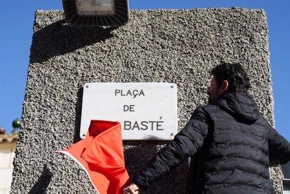 El Ayuntamiento de Barcelona inaugura las plazas de Humberto Rivas y de Can Basté en Nou Barris