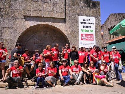"""La plataforma contra la mina de Touro, """"preocupada"""" por el nuevo proyecto de ley de evaluación ambiental de Galicia"""