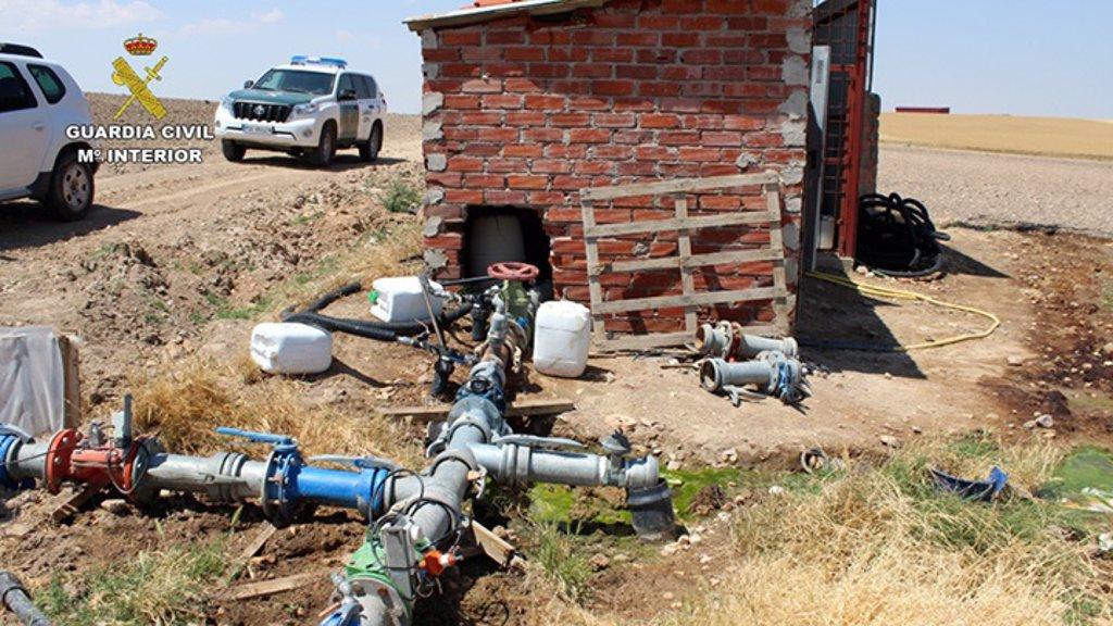 La Guardia Civil detiene a 107 personas por la extracción de agua en más de 1.400 pozos ilegales