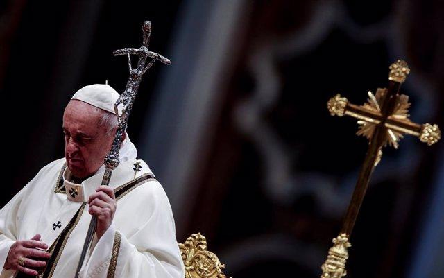 """El Papa confía en que la cumbre de paz para Libia sea """"el comienzo de un camino"""