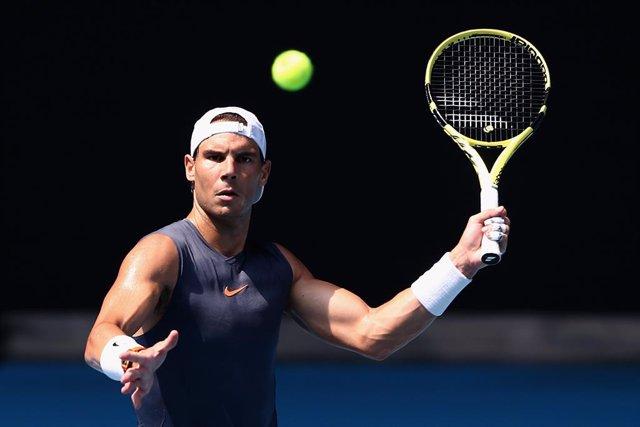 """Tenis/Australia.- Nadal: """"El partido ante Djokovic en la ATP Cup no fue negativo"""