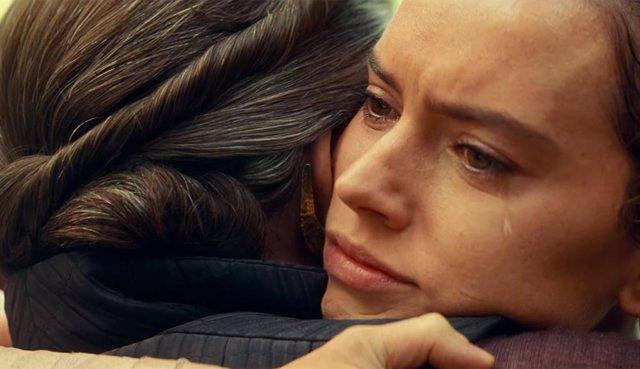 Rey y Leia en Star Wars: The Rise of Skywalker