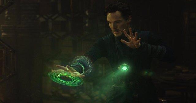 Benedict Cumberbatch es Doctor Strange en Marvel