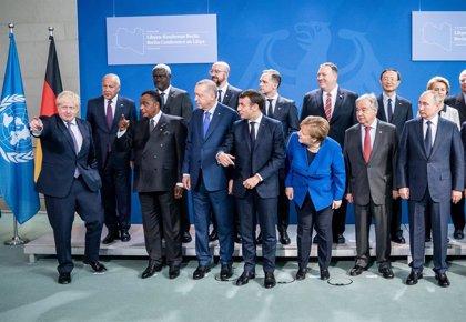 """Libia.- Las partes en conflicto en Libia acuerdan en Berlín un alto el fuego y un """"plan integral"""" de resolución"""