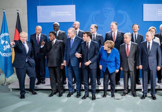 Libia.- Las partes en conflicto en Libia acuerdan en Berlín un alto el fuego y u