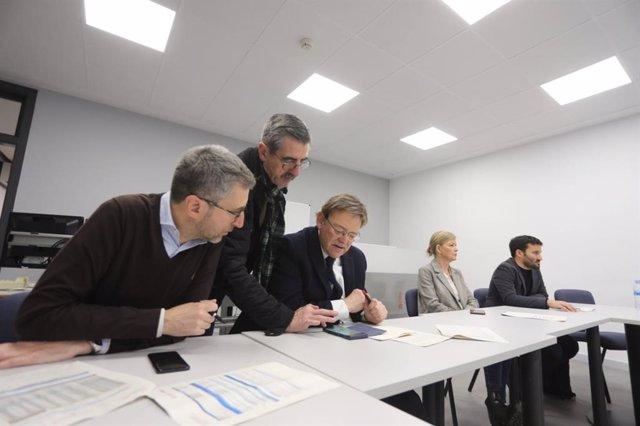 Reunión de trabajo en el Centro de Coordinación de Emergencias