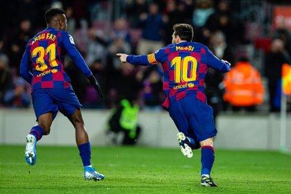 Messi salva el debut de Setién ante un Granada con 10