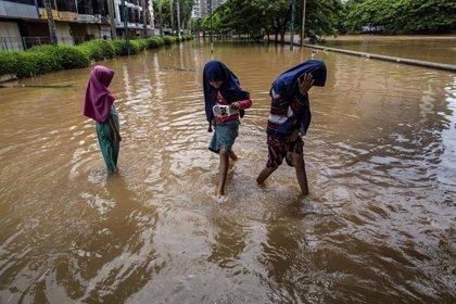 Indonesia.- Al menos 9 muertos por las inundaciones que asolan la isla indonesia de Sumatra