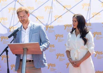 Harry da un comunicado explicando por qué dejan la familia real: De los fondos públicos a Meghan