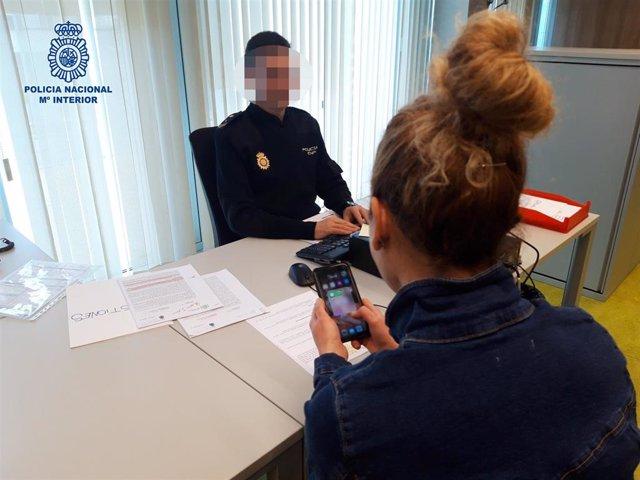 Detenido un joven de 15 años por acoso a una menor de 14 medinate sexting por Imstagram