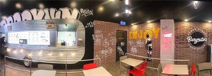 Comess Group apuesta por la fusión del burrito con la hamburguesa con el lanzamiento de Burgrito's