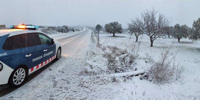 La neu ha obligat a suspendre el transport escolar de la Terra Alta (Tarragona)