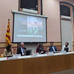 Anna Zapatero (Hosp.Del Mar), Jaume Tort (Ocatt), la consellera Alba Vergés, Carles Bravo (Hosp.Vall d'Hebron) y el paciente Armando Latorre