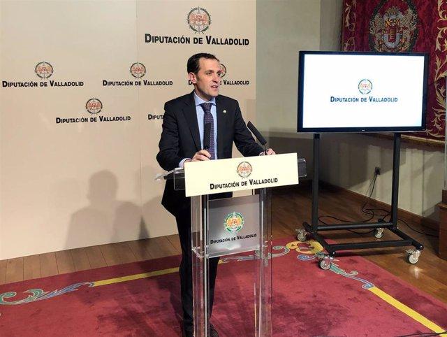 El presidente de la Diputación, Conrado Íscar, presenta la oferta de la institución en Fitur.