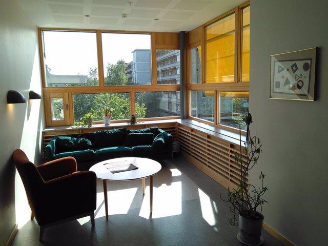 Sala de estar para pacientes en la unidad psiquiátrica del Östra Hospital de Gotemburgo (Suecia)