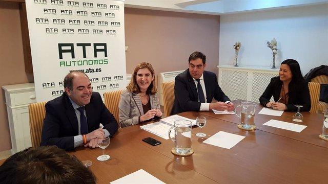 Reunión de la consejera andaluza de Empleo, Formación y Trabajo Autónomo, Rocío Blanco, con ATA.