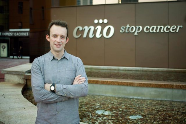 El investigador Geoff Macintyre, del CNIO