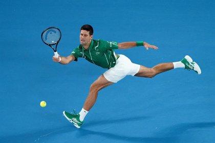 Djokovic, Federer, Barty, Osaka y Serena no fallan en sus estrenos en Melbourne