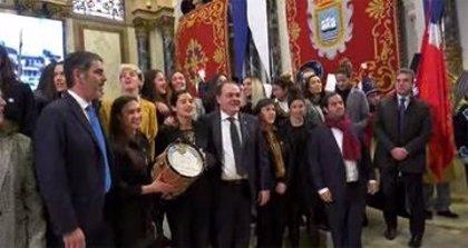 Fútbol.- Las jugadoras de fútbol y de hockey de la Real Sociedad reciben el Tambor de Oro 2020 de San Sebastián