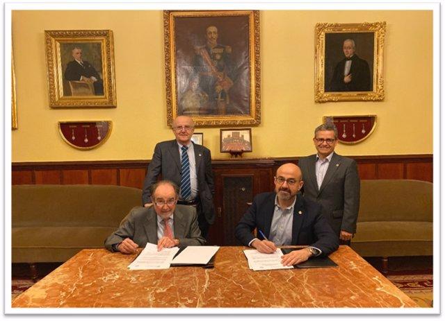 Joaquín Poch y José Augusto García Navarro. De pie, José Manuel Ribera y Alfredo Bohórquez.