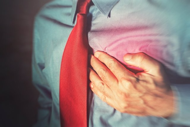 Enfermedad cardiaca, corazón, ataque