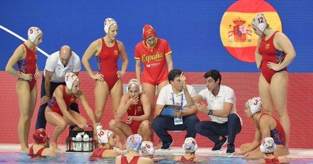 La selección española de waterpolo femenino durante el Campeonato de Europa 2020 de Budapest (Hungría)