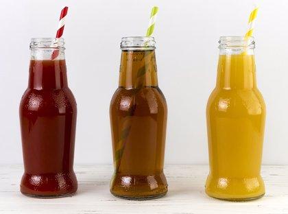 Los zumos envasados duplican el riesgo de caries en los niños