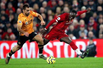 El Liverpool empieza la cuenta atrás hacia el título en Wolverhampton