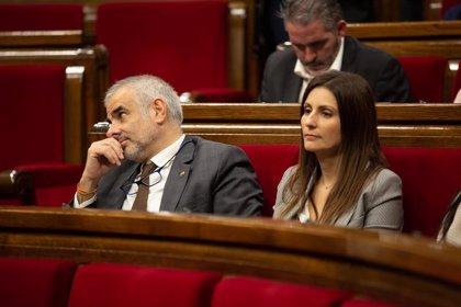Cs pide al secretario general del Parlament que retire el escaño a Torra