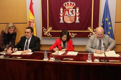 El Ministerio de Defensa firma un convenio con CERMI y Fundación ONCE para acercarse a las personas con discapacidad