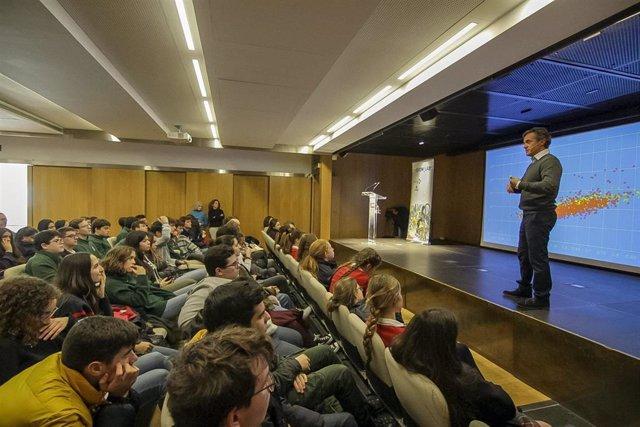Sesión del programa de educación en emprendimiento 'Im Growlaber' organizado por Cesur y ec2ce en Sevilla.