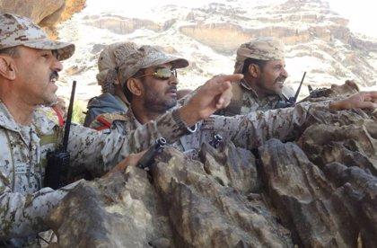 El Gobierno de Yemen eleva a más de 110 los muertos por el ataque contra un cuartel militar en Marib