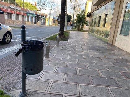 """Reposición de papeleras y bancos en Alcalá ante el """"deterioro o desaparición"""" del mobiliario público"""