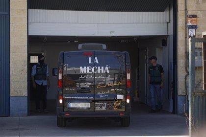 """Empleadas de Magrudis declaran que técnicos de Junta y Ayuntamiento """"tomaron muestras"""" mientras limpiaban"""
