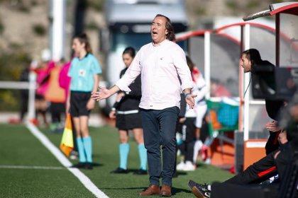 El Atlético Femenino destituye a Pablo López
